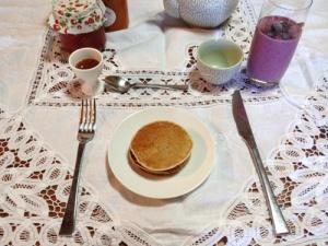 Sister Breakfast 2