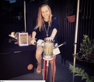Cycling my way to a green smoothie with bikenblend at the Market Shed! :)